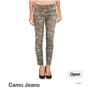 Seven7 camo skinny denim jeans